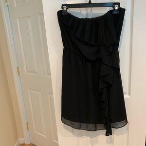 BCBGENERATION STRAPLESS BLACK DRESS